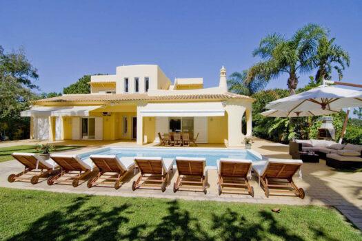 4 Bedrooms Villa Almancil (Max 9 pax)