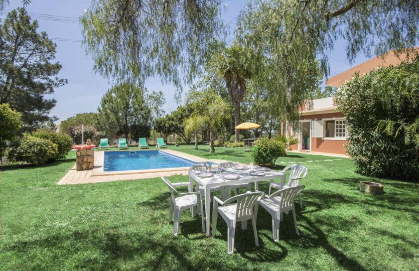 3 Bedrooms Non Overlooked Villa Ludo Almancil (Max 6 pax)