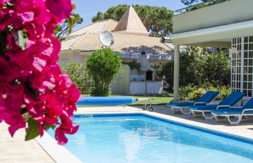 7 Bedrooms Villa with Golf View Vilamoura (Max 14 pax)